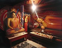 James Chen Photo of inJames Chen photo of Buddhist temple interior in Sri Lanka
